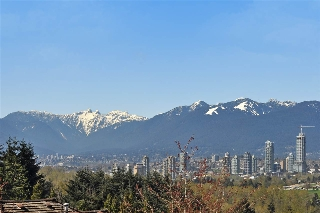 "Main Photo: 308 5280 OAKMOUNT Crescent in Burnaby: Oaklands Condo for sale in ""BELVEDERE in Oaklands South Burnaby"" (Burnaby South)  : MLS(r) # R2159472"