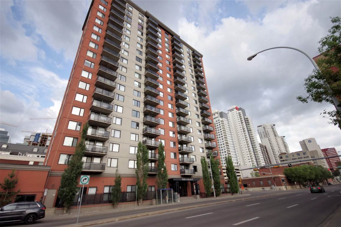 Main Photo: 1208 10303 105 Street in Edmonton: Zone 12 Condo for sale : MLS(r) # E4067459