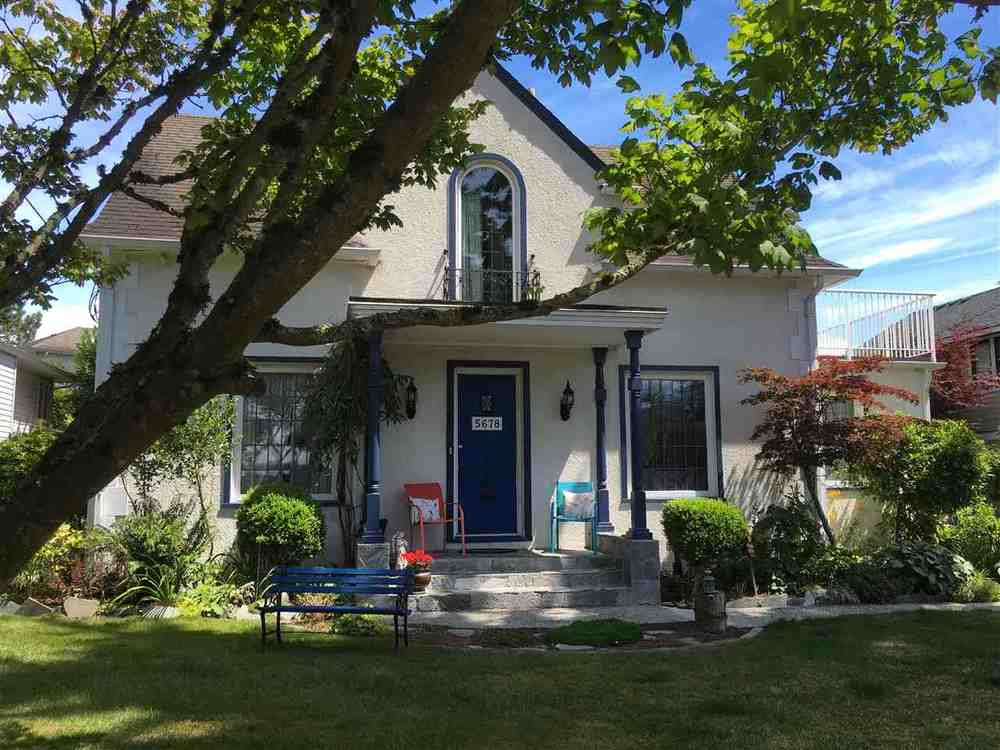 Main Photo: 5678 182 STREET in Cloverdale: Home for sale : MLS® # R2080801