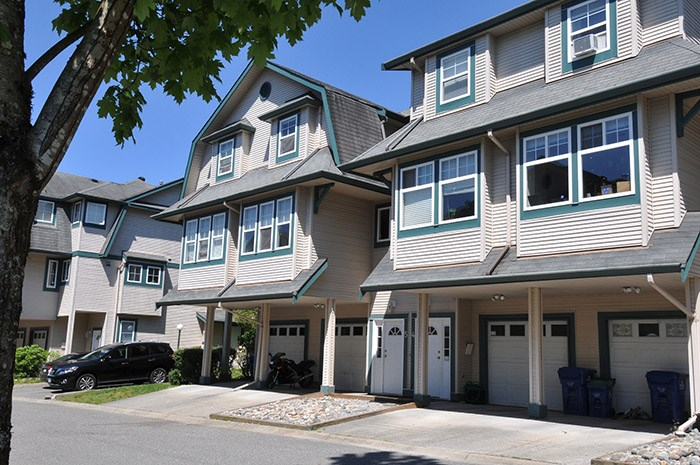 Main Photo: 5 11165 GILKER HILL ROAD in Maple Ridge: Cottonwood MR Townhouse for sale : MLS(r) # R2169811