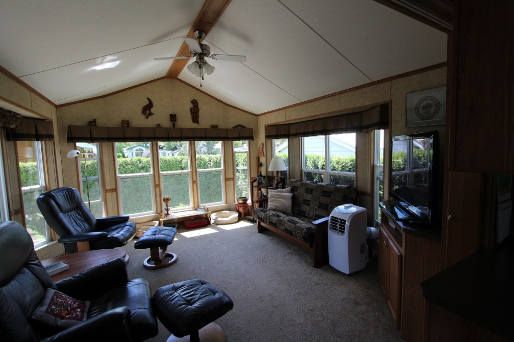 Main Photo: 281 3980 Squilax Anglemont Ropad in Scotch Creek: Manufactured Home for sale : MLS® # 10137004