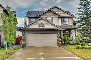 Main Photo: 61 COUGARSTONE Crescent SW in Calgary: Cougar Ridge House for sale : MLS(r) # C4126842