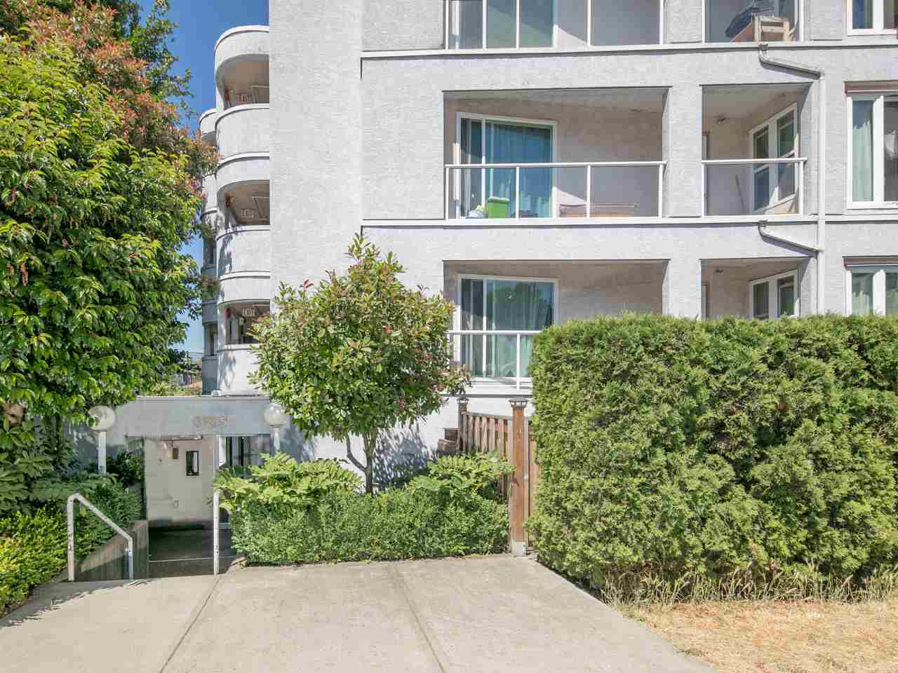 "Photo 19: 204 3505 W BROADWAY in Vancouver: Kitsilano Condo for sale in ""Collingwood Place"" (Vancouver West)  : MLS(r) # R2188784"