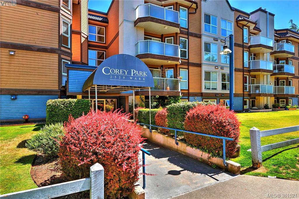 Main Photo: 106 2529 Wark Street in VICTORIA: Vi Hillside Condo Apartment for sale (Victoria)  : MLS® # 381521