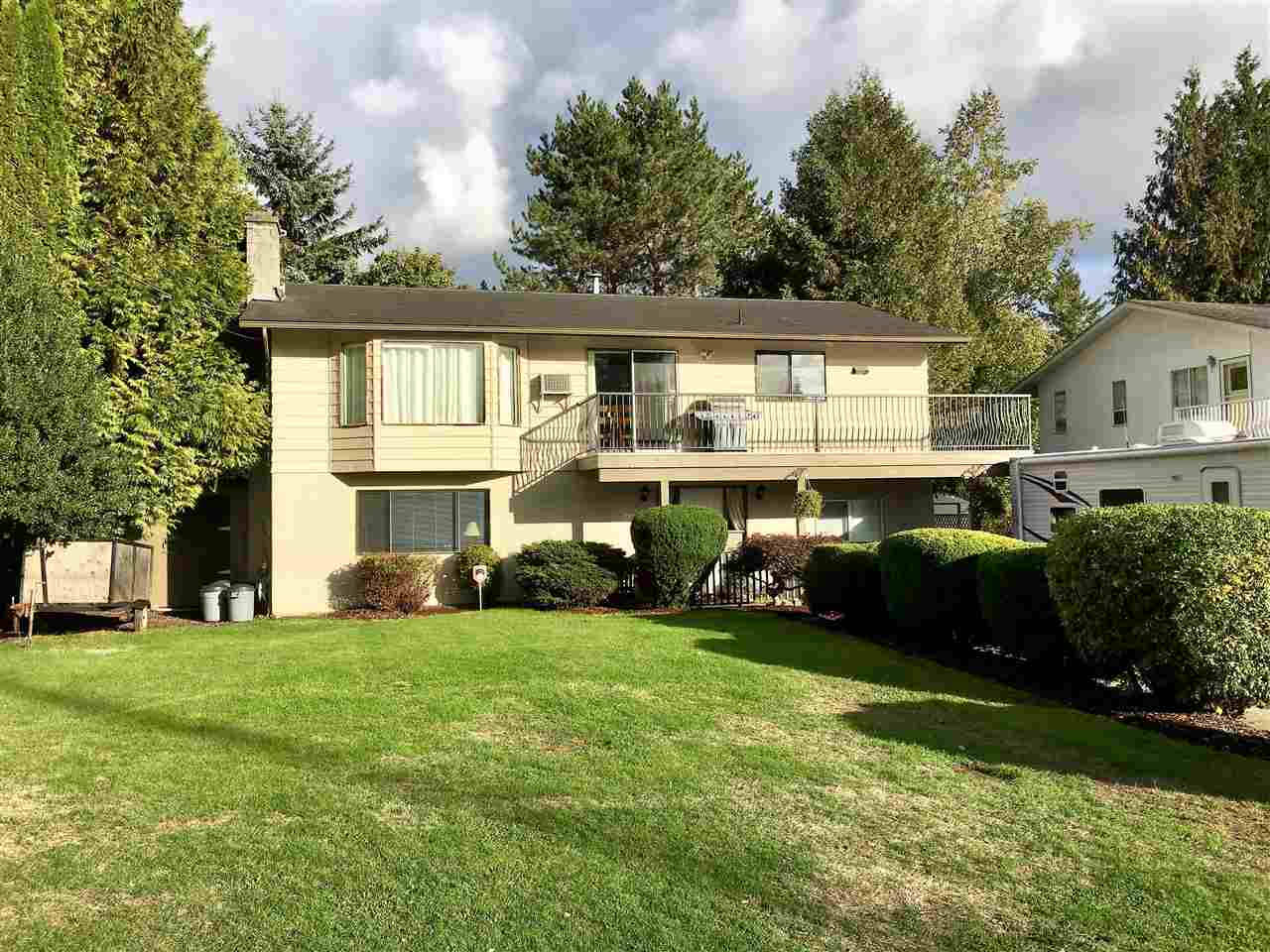 "Main Photo: 3464 SUSSEX Street in Abbotsford: Abbotsford East House for sale in ""Bateman"" : MLS® # R2213428"
