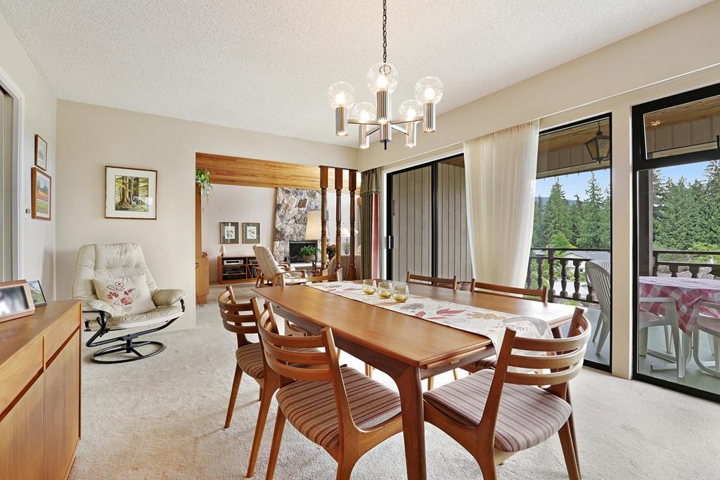 Photo 6: Photos: 4739 TOURNEY Road in North Vancouver: Lynn Valley House for sale : MLS® # R2219844