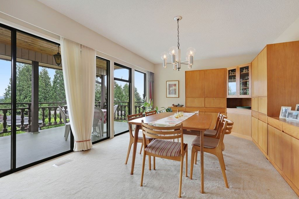 Photo 5: Photos: 4739 TOURNEY Road in North Vancouver: Lynn Valley House for sale : MLS® # R2219844