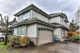 "Main Photo: 9 8111 160 Street in Surrey: Fleetwood Tynehead Townhouse for sale in ""COYOTE RIDGE"" : MLS® # R2232174"