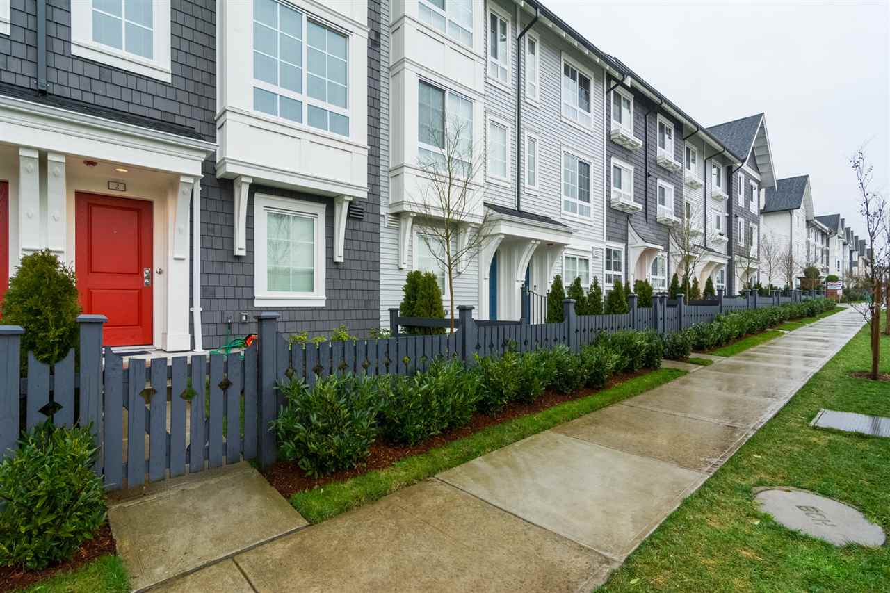 "Main Photo: 2 8476 207A Street in Langley: Willoughby Heights Townhouse for sale in ""YORK By Mosaic"" : MLS®# R2244796"