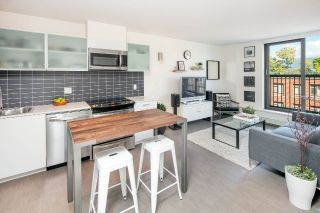 "Main Photo: 709 66 W CORDOVA Street in Vancouver: Downtown VW Condo for sale in ""60 West Cordova"" (Vancouver West)  : MLS®# R2315779"