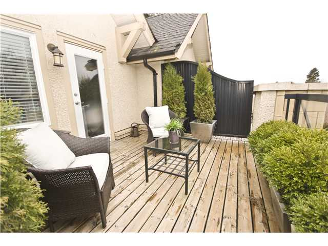 "Photo 10: 2955 LAUREL Street in Vancouver: Fairview VW Townhouse for sale in ""THE BROWNSTONE"" (Vancouver West)  : MLS® # V880457"