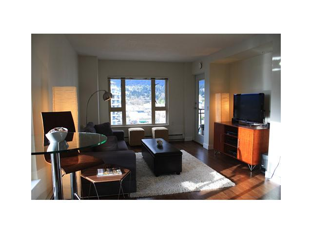 "Main Photo: # 1506 121 W 15TH ST in North Vancouver: Central Lonsdale Condo for sale in ""ALEGRIA"" : MLS®# V938362"