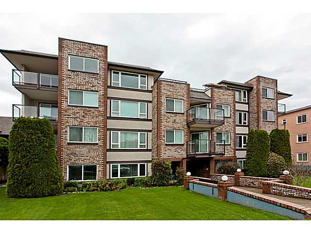 "Main Photo: 205 1251 W 71ST Avenue in Vancouver: Marpole Condo for sale in ""WEST GRANVILLE MANOR"" (Vancouver West)  : MLS® # V1044251"