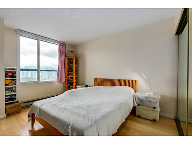 "Photo 11: 920 1268 W BROADWAY in Vancouver: Fairview VW Condo for sale in ""CITY GARDENS"" (Vancouver West)  : MLS(r) # V1087529"