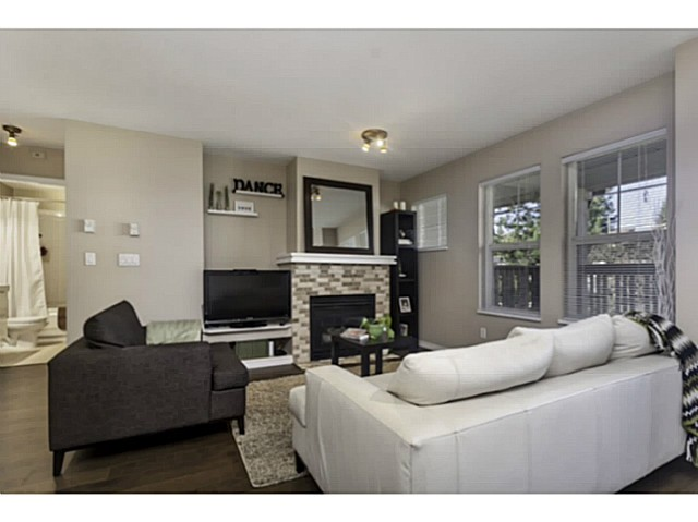 "Photo 2: 36 7179 18TH Avenue in Burnaby: Edmonds BE Condo for sale in ""CANFORD CORNER"" (Burnaby East)  : MLS® # V1106758"