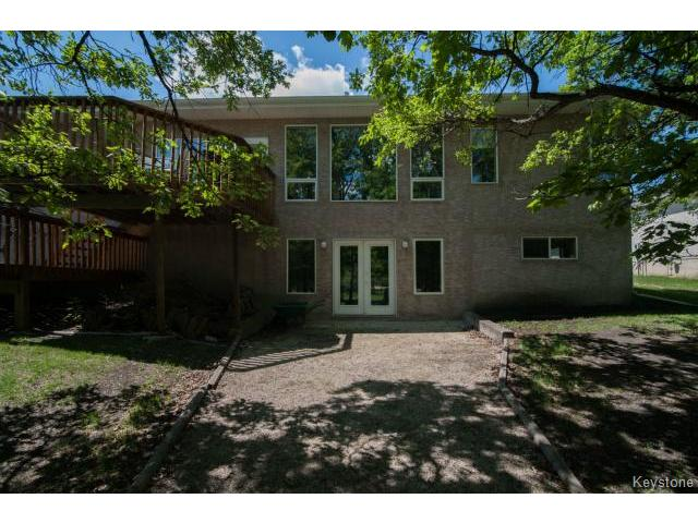 Photo 19: 103 EAGLE CREEK Drive in ESTPAUL: Birdshill Area Residential for sale (North East Winnipeg)  : MLS® # 1511283