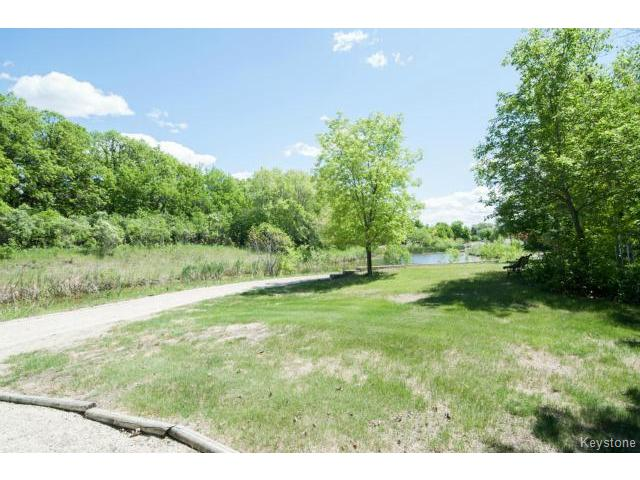 Photo 20: 103 EAGLE CREEK Drive in ESTPAUL: Birdshill Area Residential for sale (North East Winnipeg)  : MLS(r) # 1511283