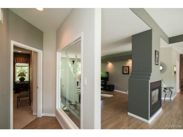 Photo 12: 103 EAGLE CREEK Drive in ESTPAUL: Birdshill Area Residential for sale (North East Winnipeg)  : MLS(r) # 1511283