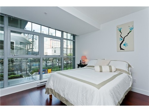 Photo 8: 1245 SEYMOUR Street in Vancouver West: Downtown VW Home for sale ()  : MLS(r) # V1001351