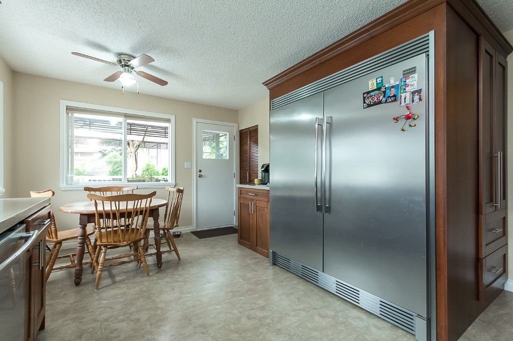 Photo 12: 2253 BEDFORD Place in Abbotsford: Abbotsford West House for sale : MLS® # R2094402