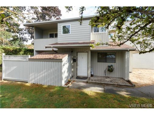 Main Photo: 44 2771 Spencer Road in VICTORIA: La Langford Proper Townhouse for sale (Langford)  : MLS®# 369787