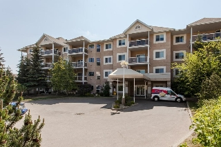 Main Photo: 426 10511 42 Avenue NW in Edmonton: Zone 16 Condo for sale : MLS(r) # E4045301