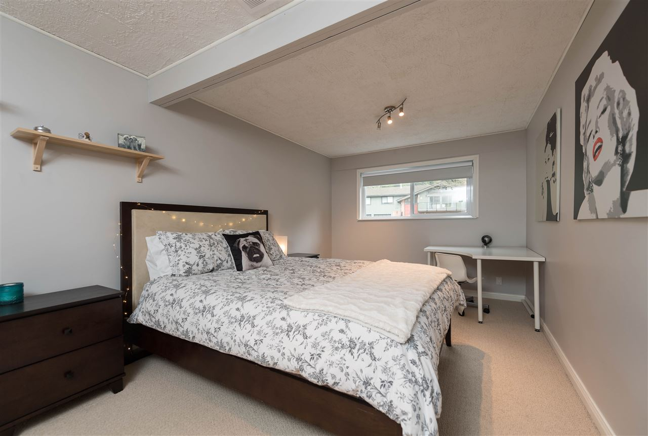 Photo 15: 4793 HOSKINS Road in North Vancouver: Lynn Valley House for sale : MLS® # R2149450