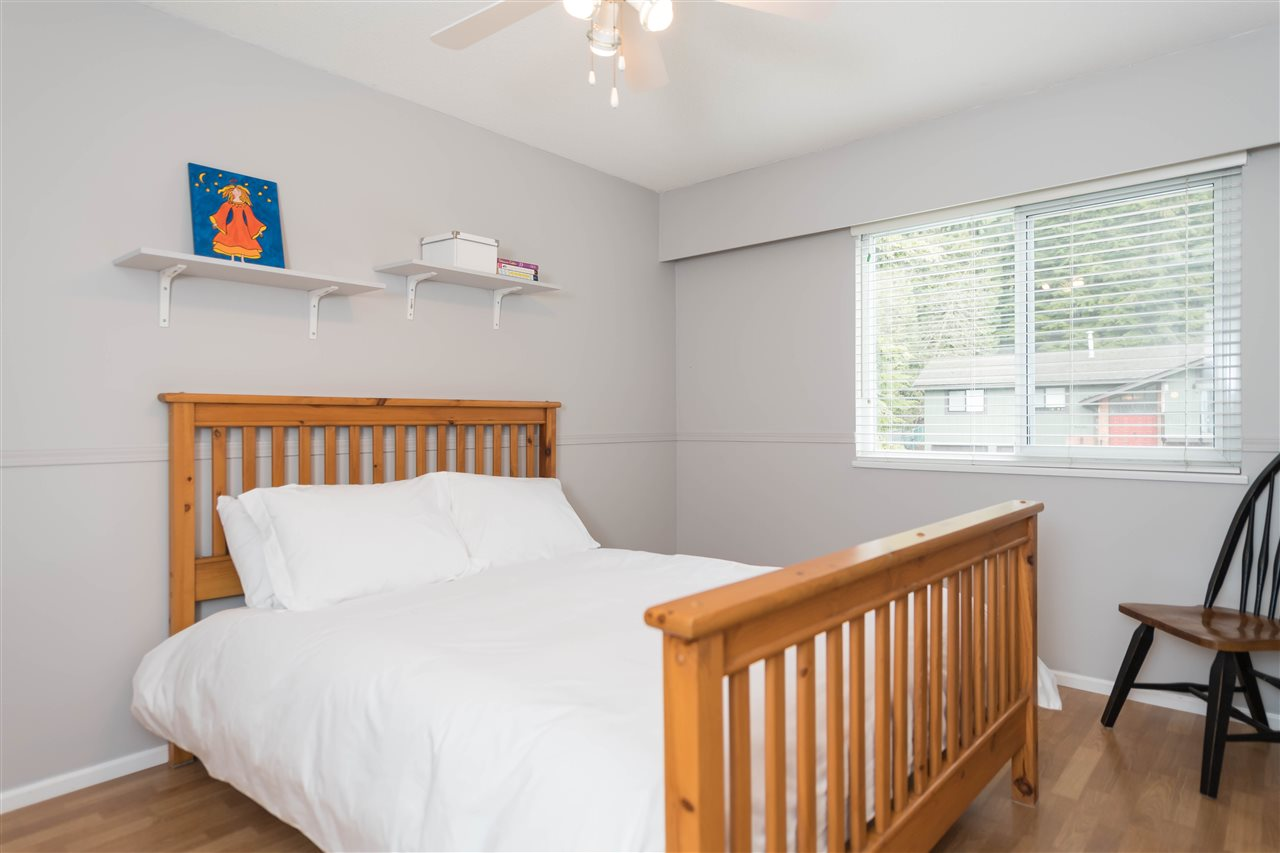 Photo 14: 4793 HOSKINS Road in North Vancouver: Lynn Valley House for sale : MLS® # R2149450
