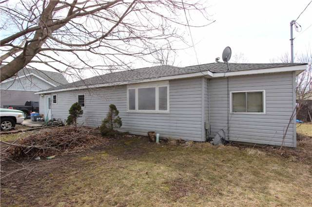 Main Photo: 2800 Perry Avenue in Ramara: Brechin House (Bungalow) for sale : MLS® # X3750585