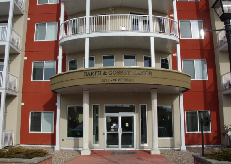 Main Photo: : Stony Plain Condo for sale : MLS(r) # E4057906