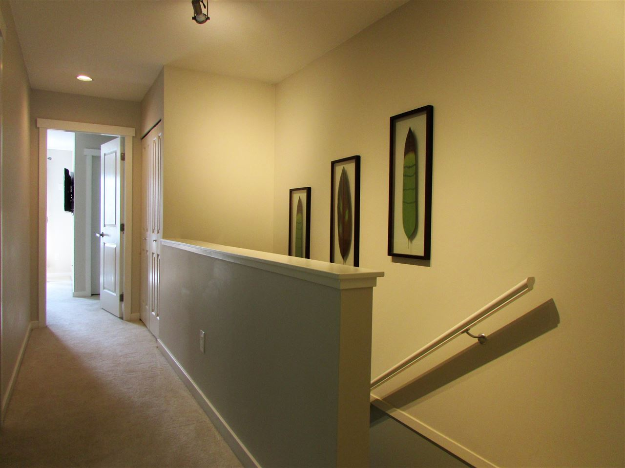 "Photo 18: 10 3470 HIGHLAND Drive in Coquitlam: Burke Mountain Townhouse for sale in ""BRIDLEWOOD"" : MLS® # R2164105"