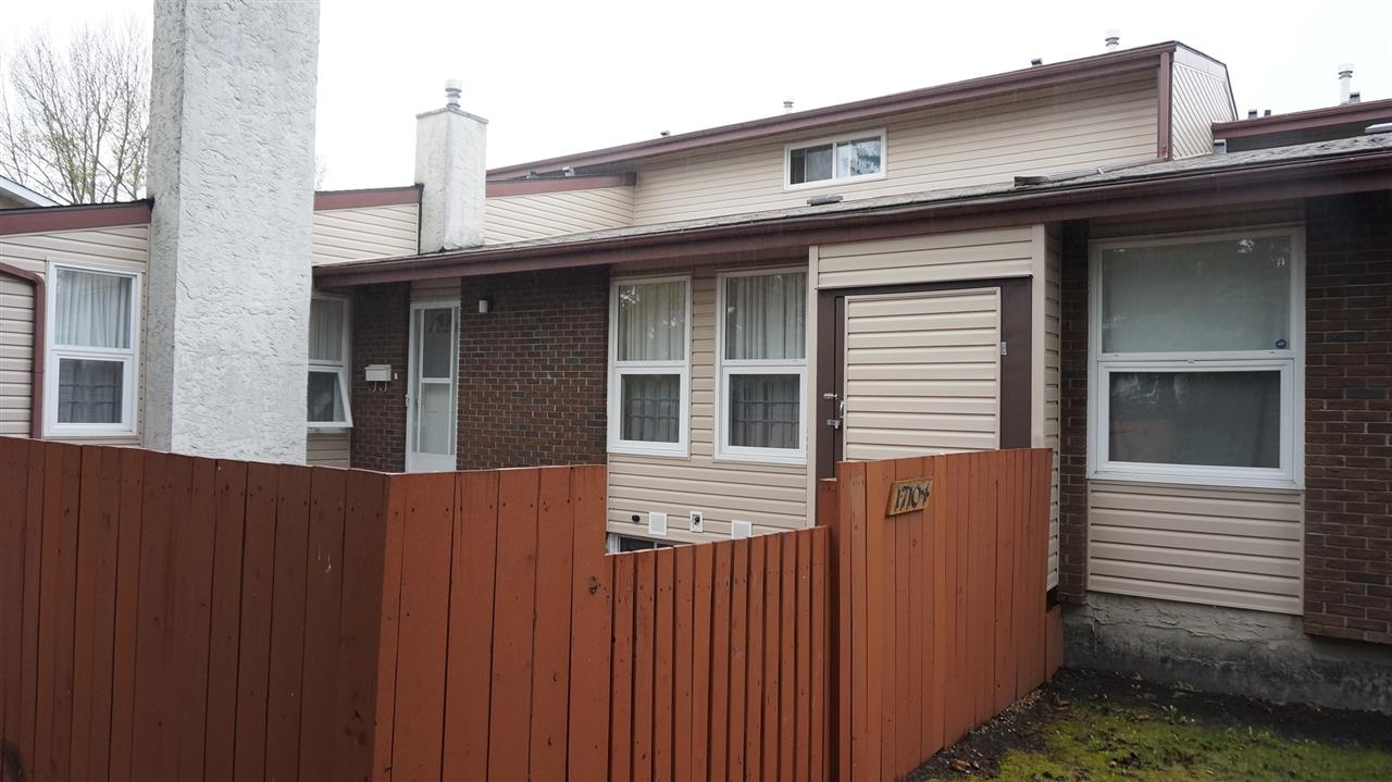 Main Photo: 17104 108 Street in Edmonton: Zone 27 Townhouse for sale : MLS(r) # E4064486