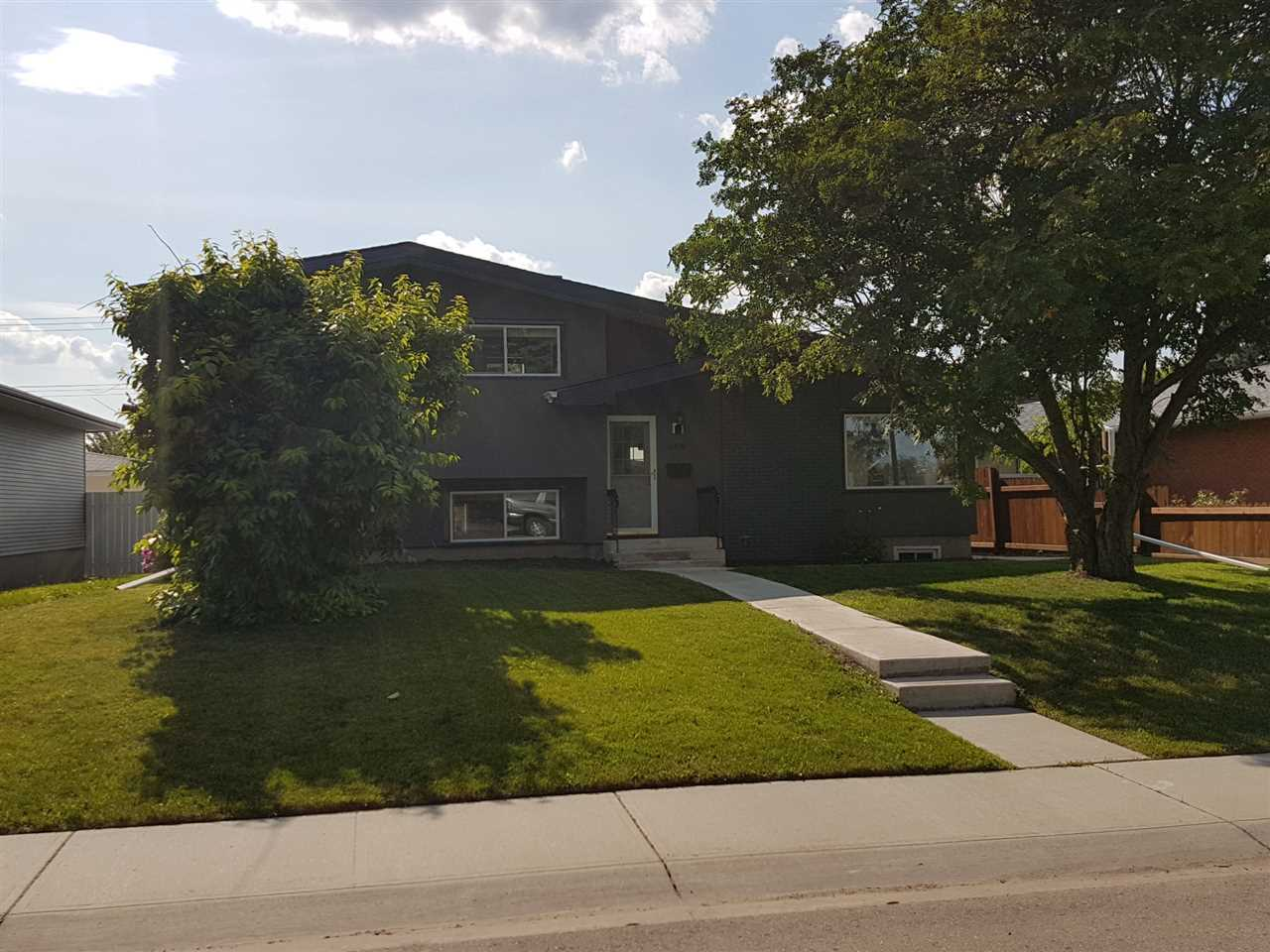 Main Photo: 5216 114B Street in Edmonton: Zone 15 House for sale : MLS® # E4071483