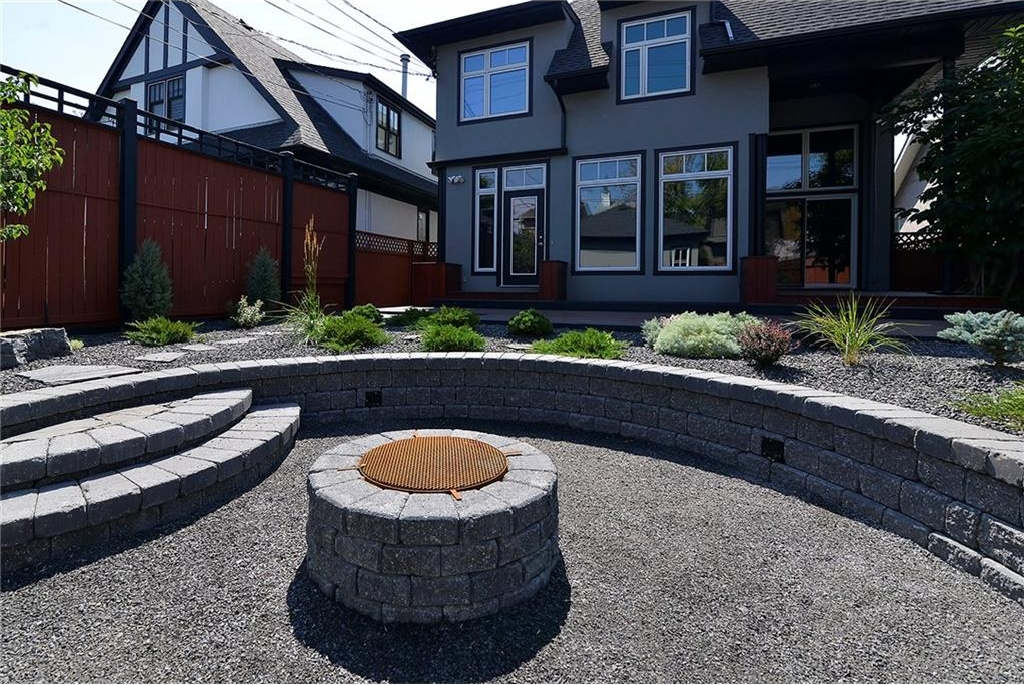 Amphitheatre Fire Pit with water-control system.