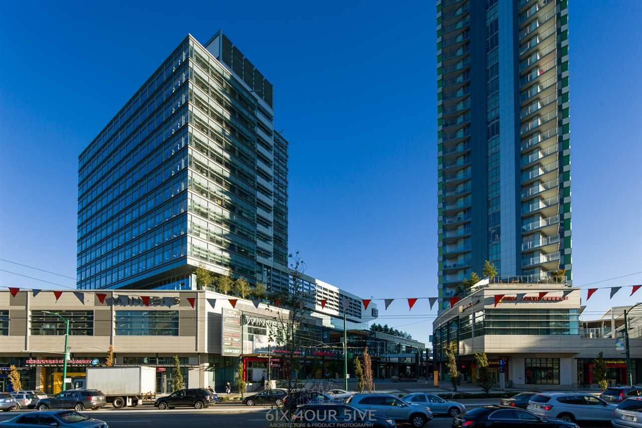 "Main Photo: 2704 488 SW MARINE Drive in Vancouver: Marpole Condo for sale in ""MARINE GATEWAY"" (Vancouver West)  : MLS® # R2211706"