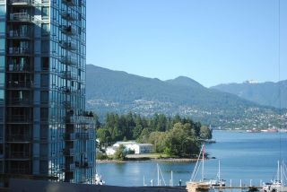 Main Photo: 401 1415 WEST GEORGIA Street in Vancouver: Coal Harbour Condo for sale (Vancouver West)  : MLS® # R2219273