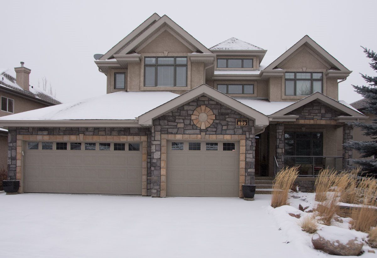 Main Photo: 889 Hollands Landing NW in Edmonton: Zone 14 House for sale : MLS® # E4092372
