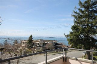 "Main Photo: 104 1250 MARTIN Street: White Rock Condo for sale in ""The Regency"" (South Surrey White Rock)  : MLS®# R2245149"
