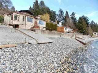 "Main Photo: 5279 SUNSHINE COAST Highway in Sechelt: Sechelt District House for sale in ""SELMA PARK/DAVIS BAY"" (Sunshine Coast)  : MLS®# R2248468"