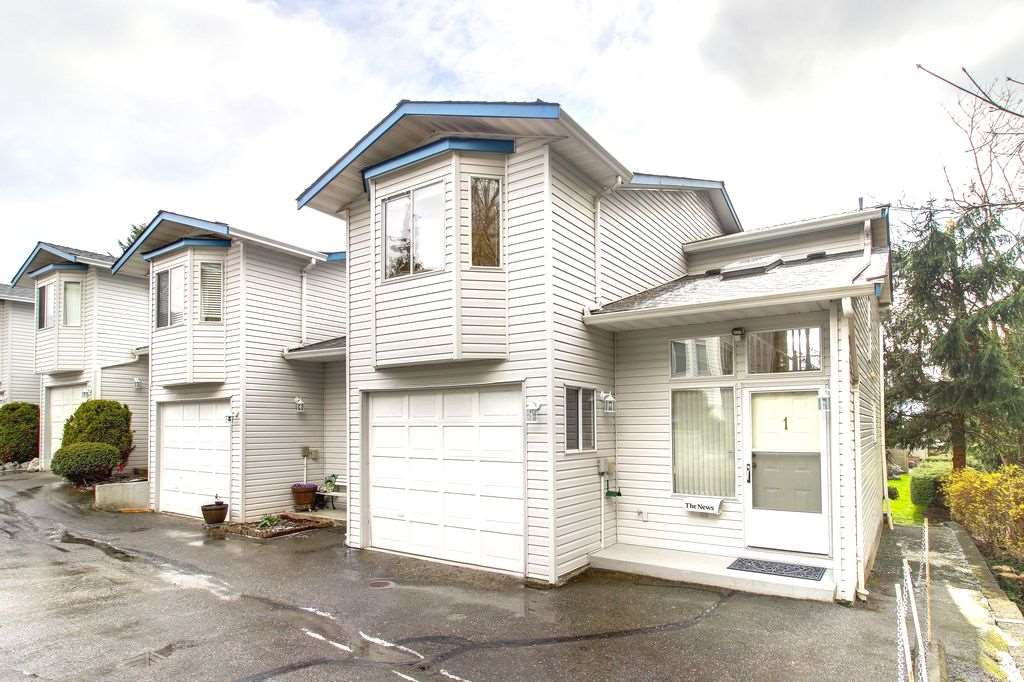 "Main Photo: 1 32752 4TH Avenue in Mission: Mission BC Townhouse for sale in ""Woodrose Estates"" : MLS®# R2251097"