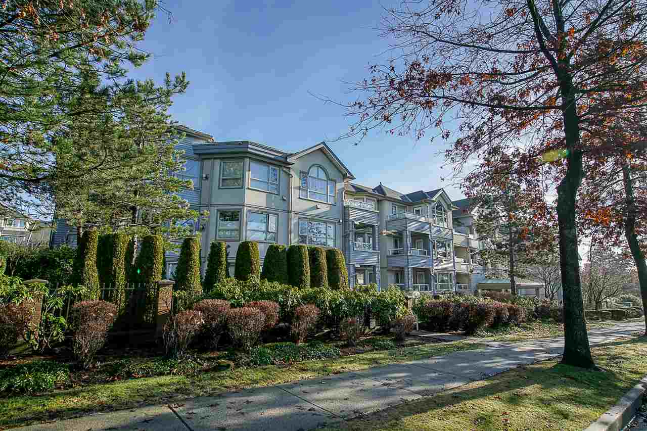 "Main Photo: 103 7326 ANTRIM Avenue in Burnaby: Metrotown Condo for sale in ""SOVEREIGN MANOR"" (Burnaby South)  : MLS®# R2256272"