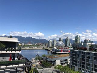 "Main Photo: 710 123 W 1ST Avenue in Vancouver: False Creek Condo for sale in ""THE COMPASS"" (Vancouver West)  : MLS®# R2272964"