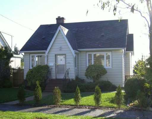 "Main Photo: 1428 DUBLIN ST in New Westminster: West End NW House for sale in ""West End"" : MLS® # V565730"