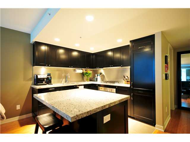 "Photo 3: 1137 HOMER Street in Vancouver: Yaletown Townhouse for sale in ""H&H"" (Vancouver West)  : MLS(r) # V909616"