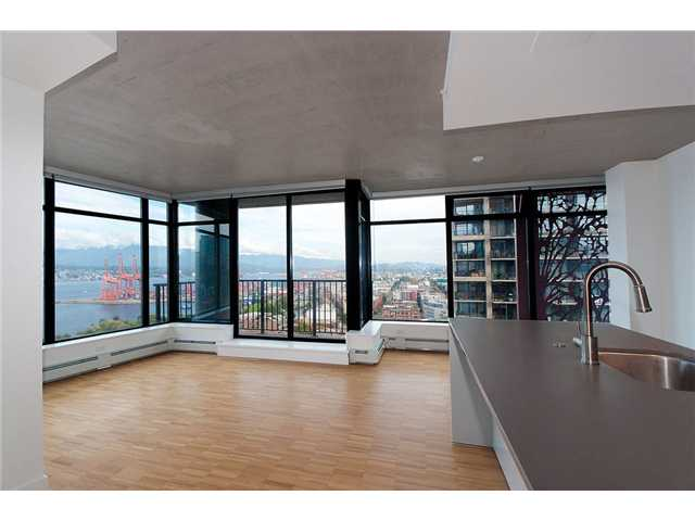 Main Photo: 2703 128 W CORDOVA Street in Vancouver: Downtown VW Condo for sale (Vancouver West)  : MLS® # V980678