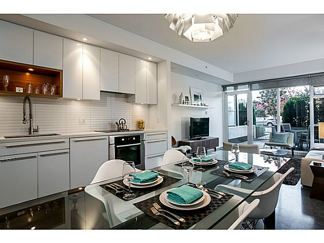 Photo 4: 266 E 2ND Avenue in Vancouver: Mount Pleasant VE Condo for sale (Vancouver East)  : MLS(r) # V1044456