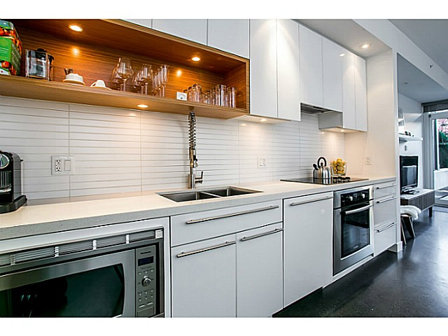 Photo 5: 266 E 2ND Avenue in Vancouver: Mount Pleasant VE Condo for sale (Vancouver East)  : MLS(r) # V1044456