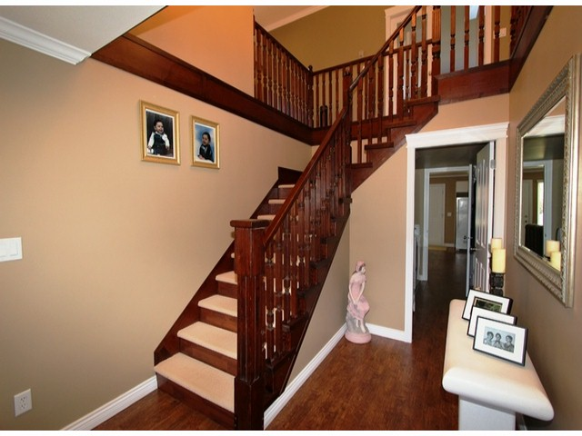 Photo 3: 5835 260TH Street in Langley: County Line Glen Valley House for sale : MLS(r) # F1402364