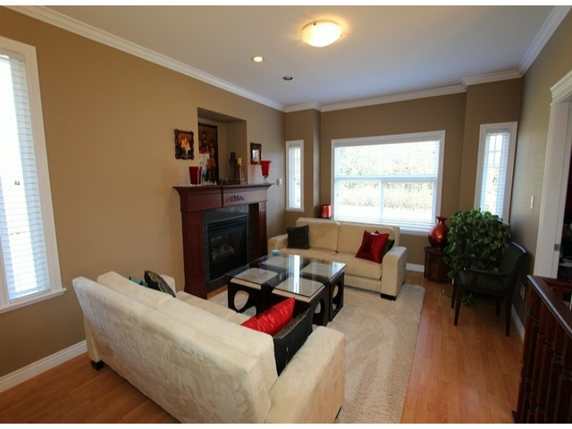 Photo 4: 5835 260TH Street in Langley: County Line Glen Valley House for sale : MLS(r) # F1402364
