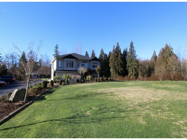 Photo 2: 5835 260TH Street in Langley: County Line Glen Valley House for sale : MLS(r) # F1402364